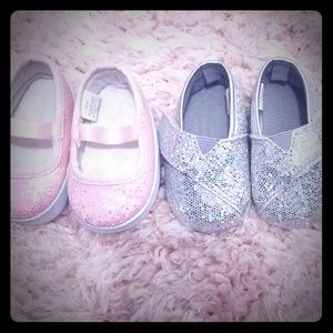 Super cute super sparkly baby girl shoes 0-3